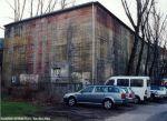 Reste der roten Tarnbemalung - Hochbunker bei def Apostelkirche