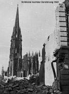 Die zerstörte Nikolaikirche 1943