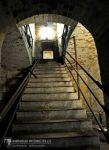 Treppe zur oberen Ebene, Raum 7